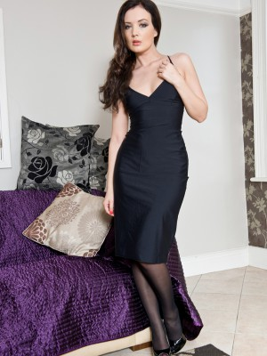 Small twenty year aged brunette hair Faye X widens her aged shaved beaver