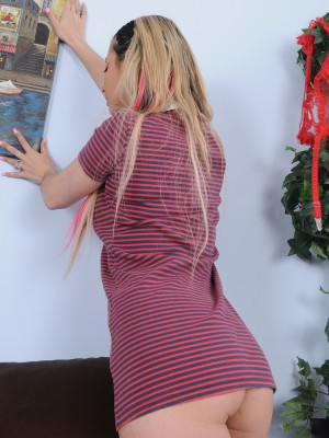 Nasty 25 year aged golden-haired Alana Luv from AllOver30 functions herself up