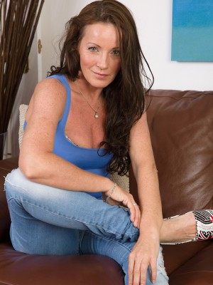 Cute plus miniature 44 year older Marlyn glides from her jeans denim