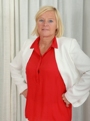 49 year old golden-haired professional Sabine circulating your ex unshaved pussy wide