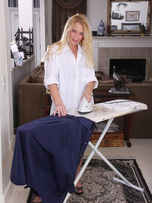 Excited MILF Jackie does the ironing and exhibits the girl bare human anatomy