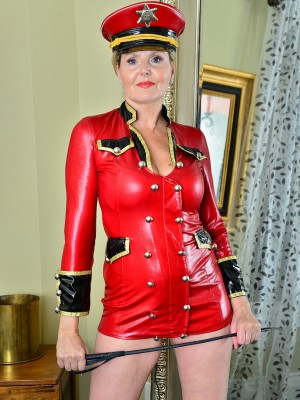 Older babe Velvet Skye is all dressed and capable hand out some punishment