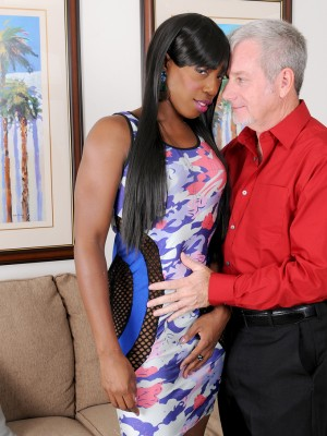 Black babe Pepper Deville acquires that moist lascivious fur cake fucked by the lady fortunate man