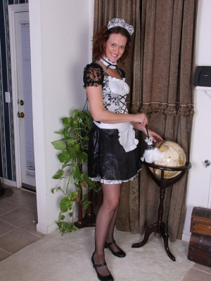 Roxanne Clemmens is a hawt French feminine servant as she slides out of the woman uniform