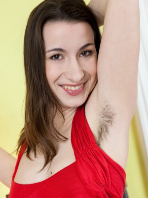 Annie Engeltie toys along with her hairy snatch