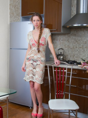 Ryisya shows off flowers plus disrobes inside kitchen