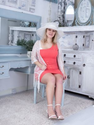 Jodie Dallas exhibits the lady white cap and hawt body