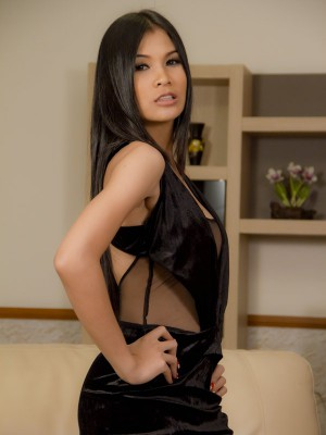 Asian Ladyboy Hottie Flaunts Her Amazing Body In Sexy Lingerie