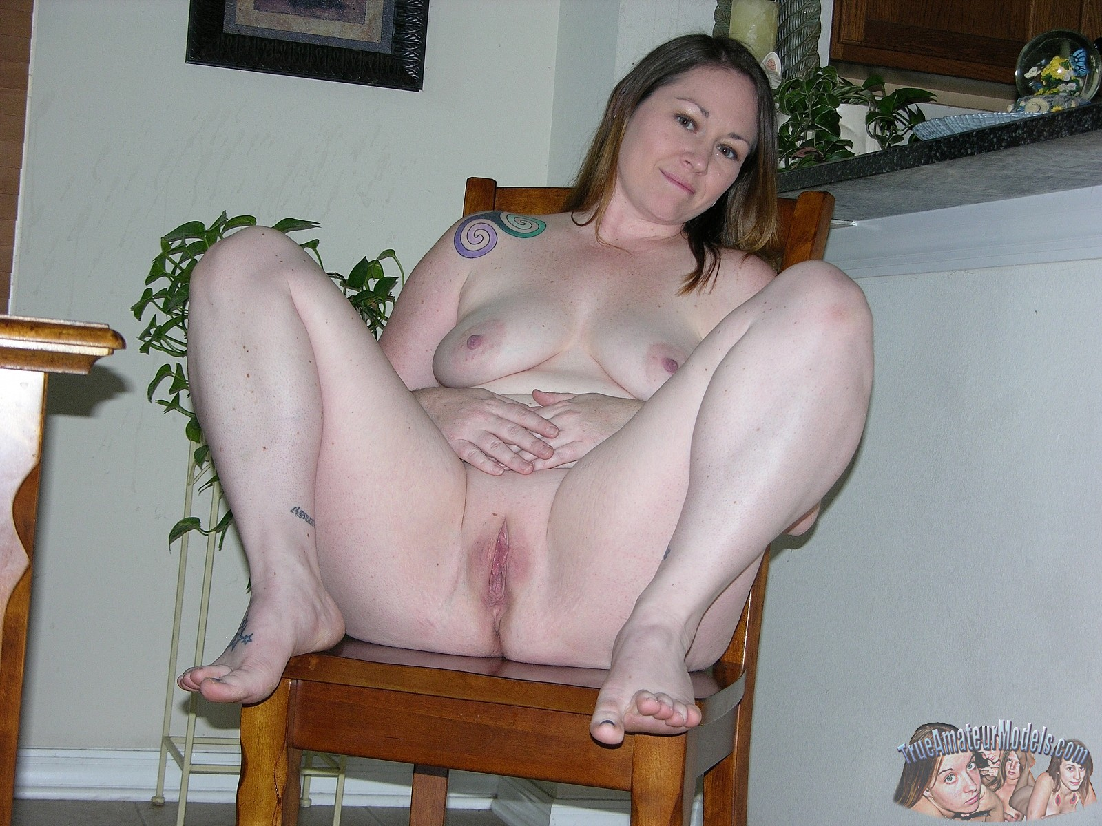 Look nude plump amateurs