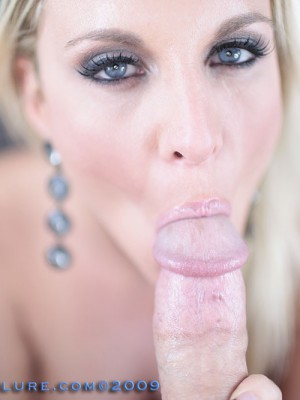 blonde-tori-swallows-cum-12