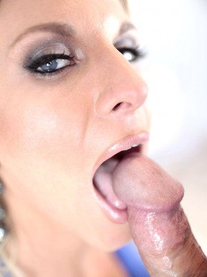 busty-tori-blows-cock-6