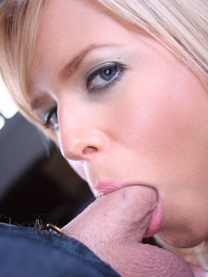 darcy-gets-cum-facial-15