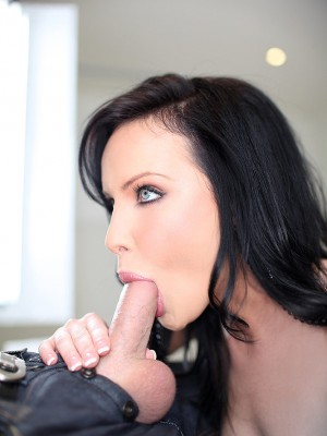 katie-st-ives-blows-cock-for-cum-mouth-10
