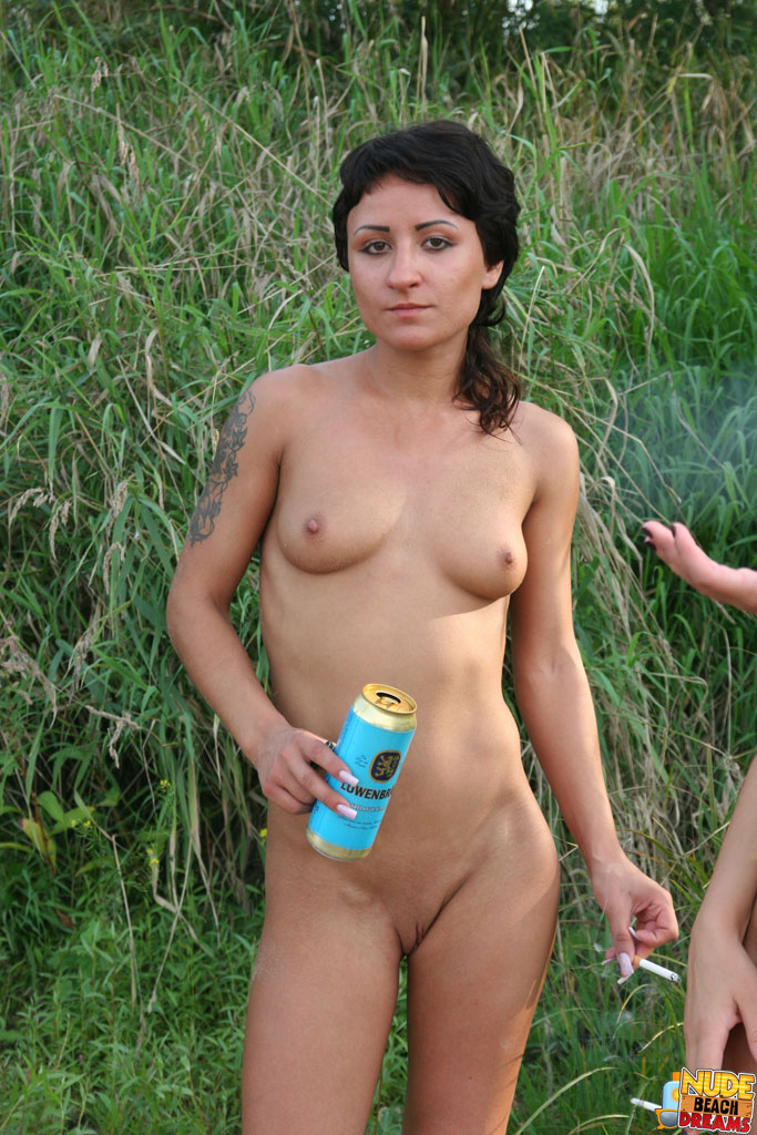 Nudist Teenagers Photos 34