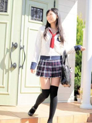 Saemi Shinohara Oriental shows up outstanding at school uniform and socks