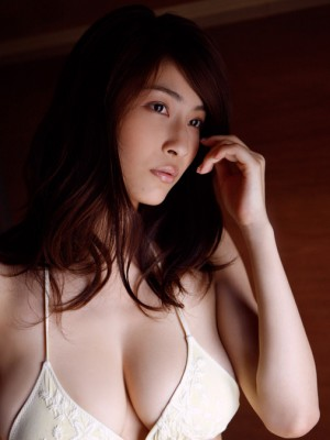 Asana Mamoru Oriental features these kinds of huge tits and these types of hawt stomach