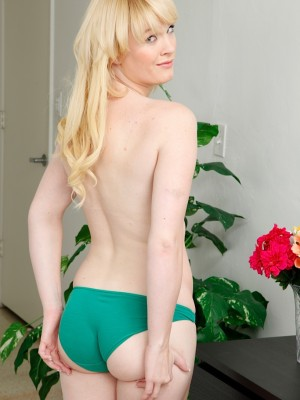 cute-blonde-lila-rose-fingers-her-shaved-pussy-6