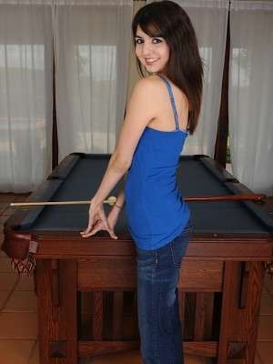 exotic-coed-matti-parker-naked-on-pool-table-2