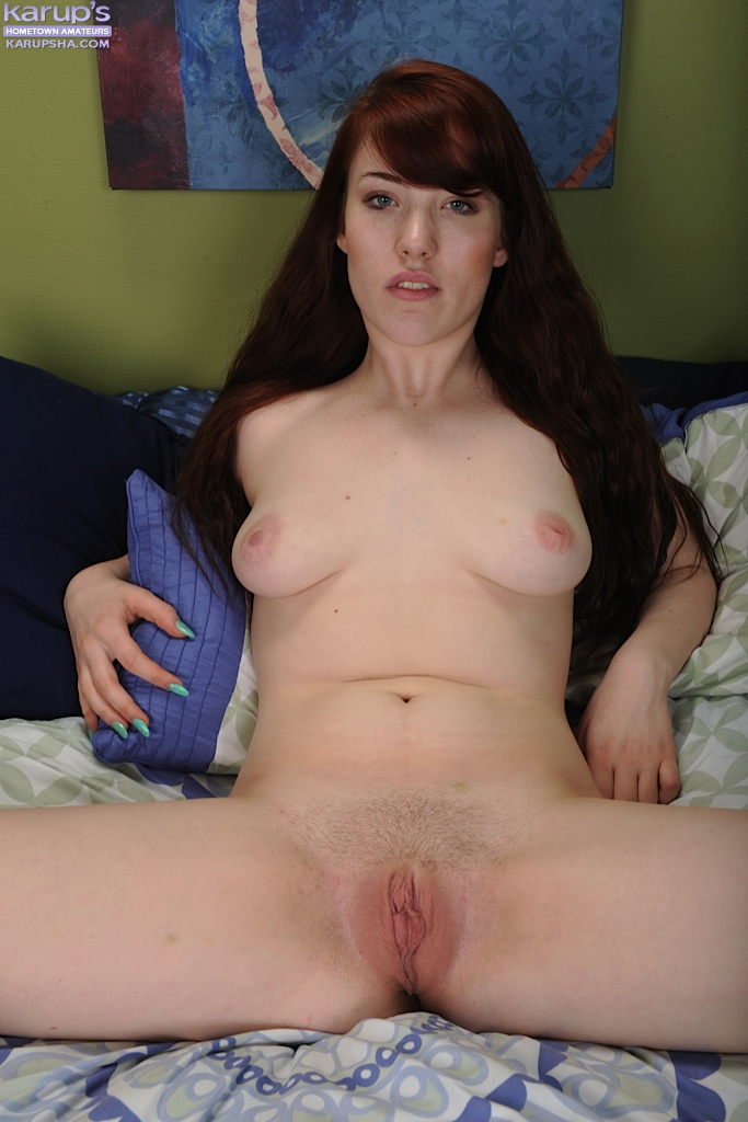 image Teen and mom toying pussies when alone