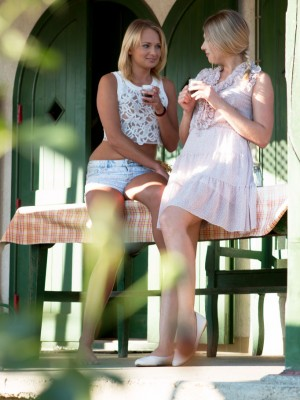 Ivana Sugar And Lucy Heart