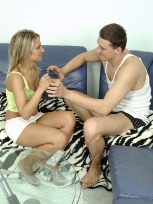Golden-haired sweetheart receives her cum-hole pumped hard on the sofa