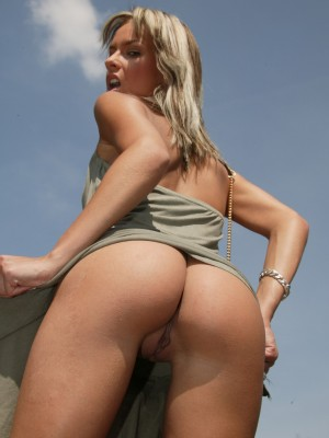horny-girl-picking-up-a-hiker-for-lesbian-fun-12