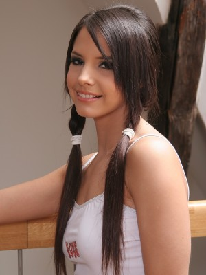 stunning-czech-girl-with-a-perfect-body-3