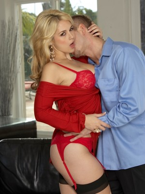 Golden-haired queen Sarah Vandella gets screwed hard.