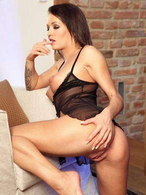 brunette-babe-ava-star-toys-her-pink-pussy-7
