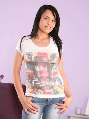exotic-coed-aida-sweet-fingers-her-tight-pussy-1