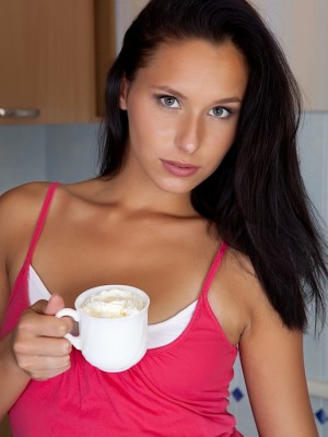 july-saint-strips-butt-naked-over-her-morning-coffee-3