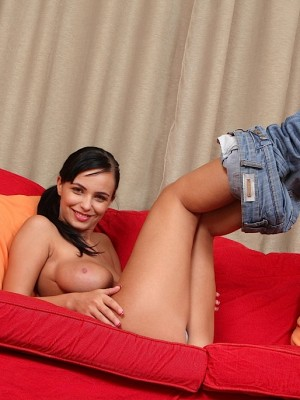 stella-jones-unleashes-her-very-large-firm-breasts-8