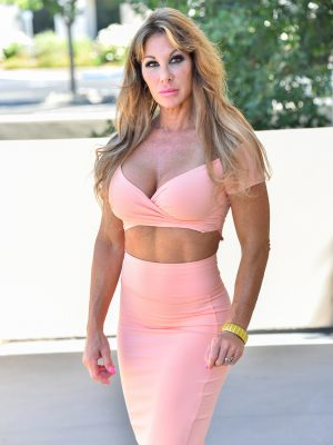 Toned up milf babe will be taking off the woman tight peach dress